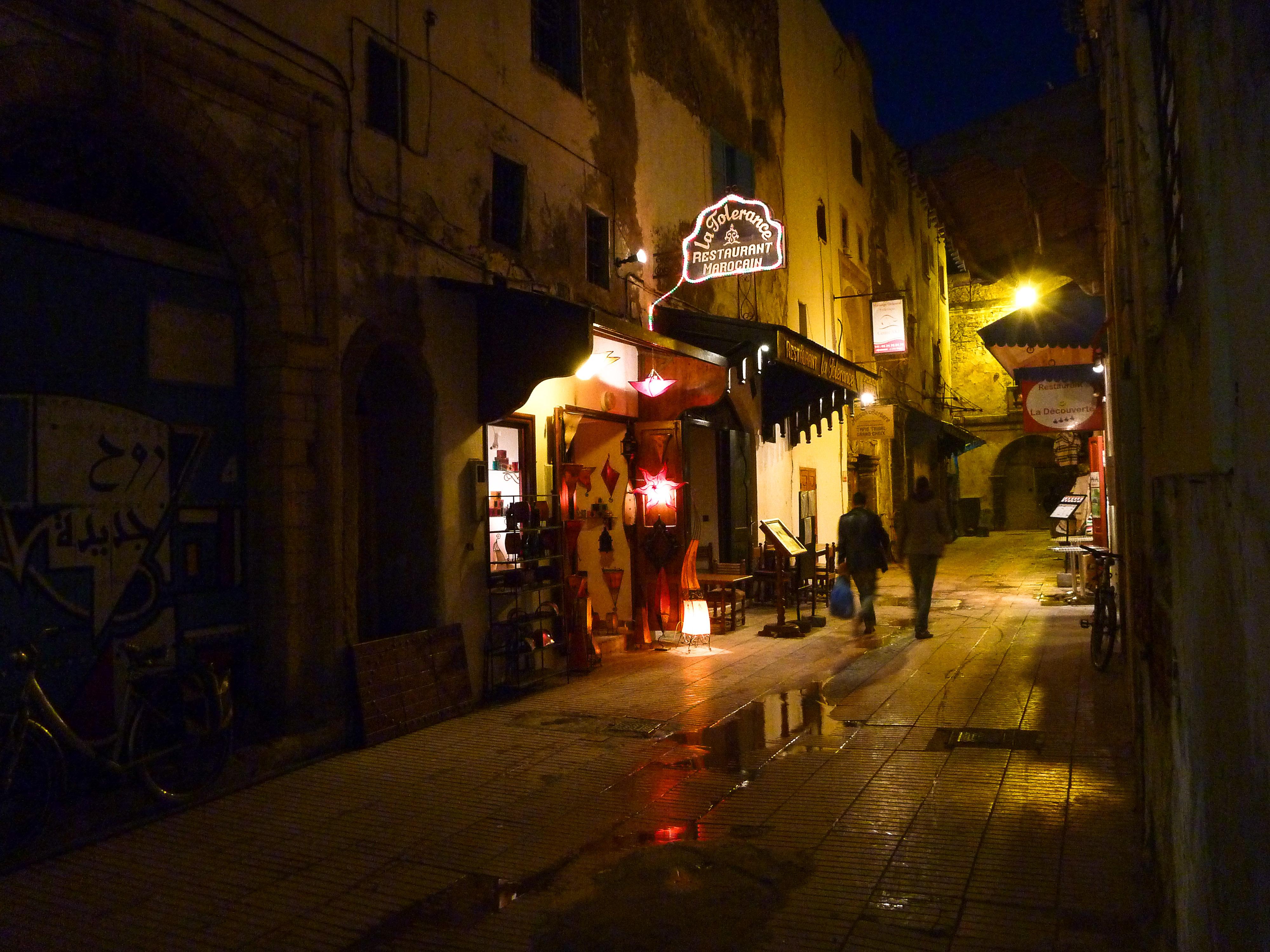 Ambiance de nuit et de pluie Essaouira